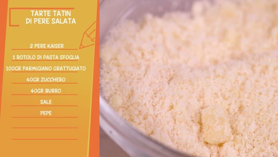 Anna Moroni stupisce con la torta tatin di pere salata per Ricette all'italiana