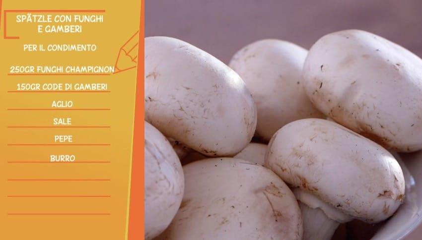 Ricette Anna Moroni: spatzle con funghi e gamberi da Ricette all'italiana