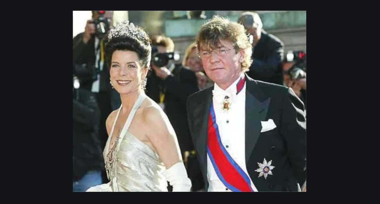 Il marito di Carolina di Monaco ricoverato in un ospedale psichiatrico? (Foto)