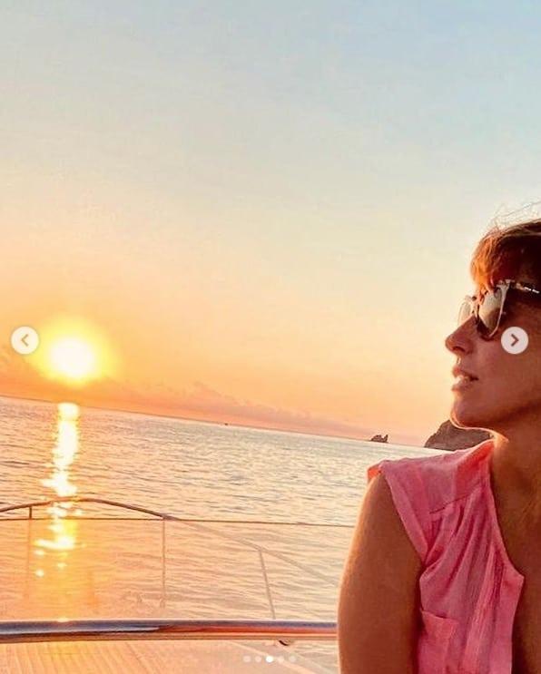 Maria Elena Boschi nuovo taglio di capelli e va in vacanza senza Berruti (Foto)