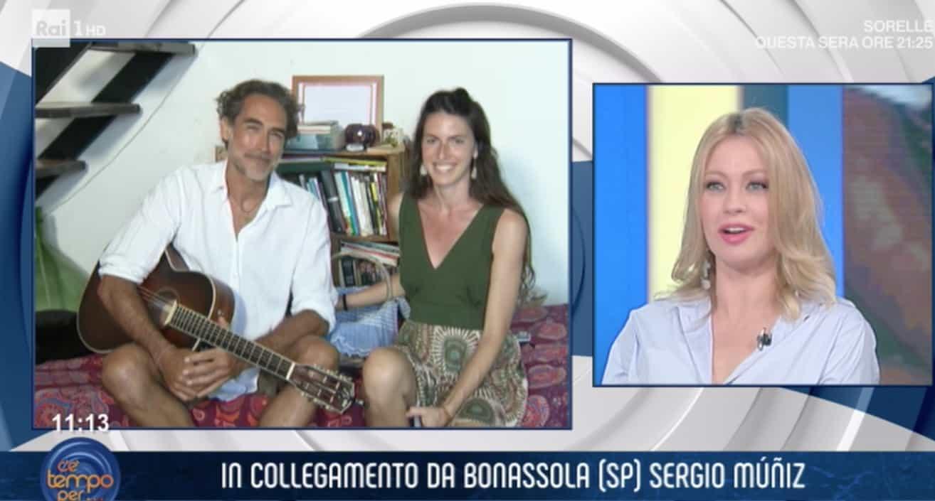 Sergio Muniz a piedi nudi in tv presenta la sua fidanzata acqua e sapone, la bella Morena (Foto)