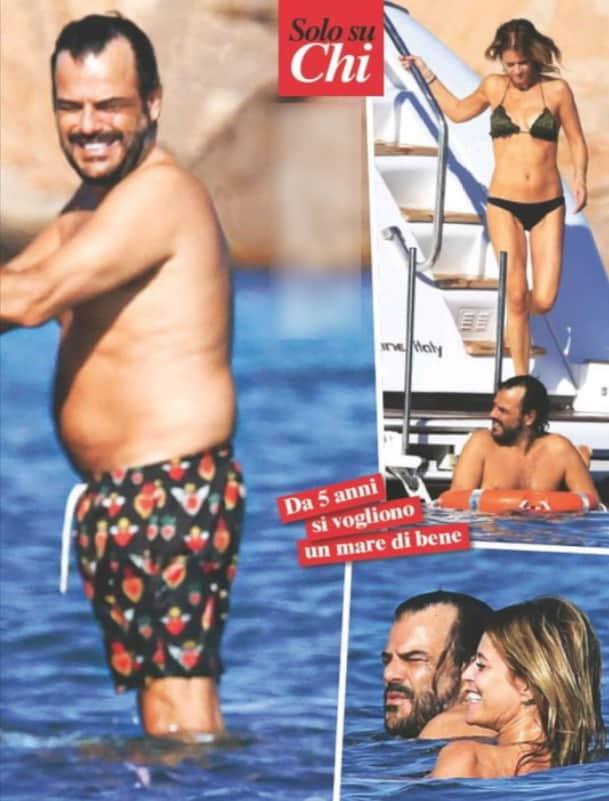 Francesco Renga sullo yacht con la compagna, è meno in forma del solito in Sardegna (Foto)