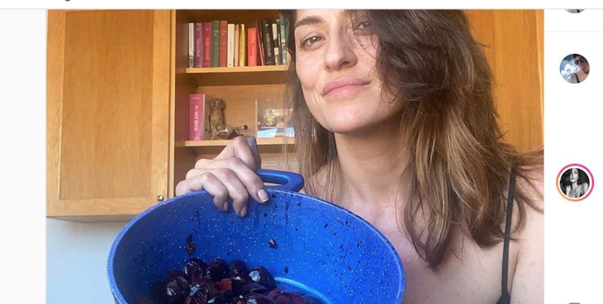 Il commento di Caterina Balivo a Elisa Isoardi che prepara la marmellata senza un filo di trucco (Foto)