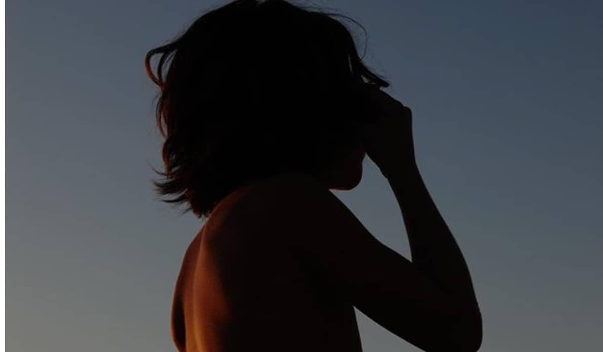 Belen torna a Ibiza ma Santiago resta con Stefano: vacanze con papà (Foto)