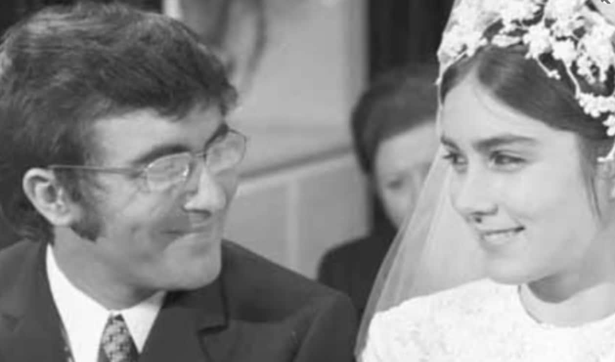 Al Bano e Romina Power festeggiano le nozze d'oro ma con lui c'è Loredana Lecciso (Foto)