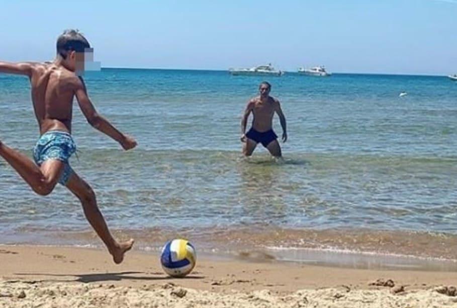 Elena Santarelli, la foto del marito e del figlio dice tutto dopo il dolore vissuto (Foto)