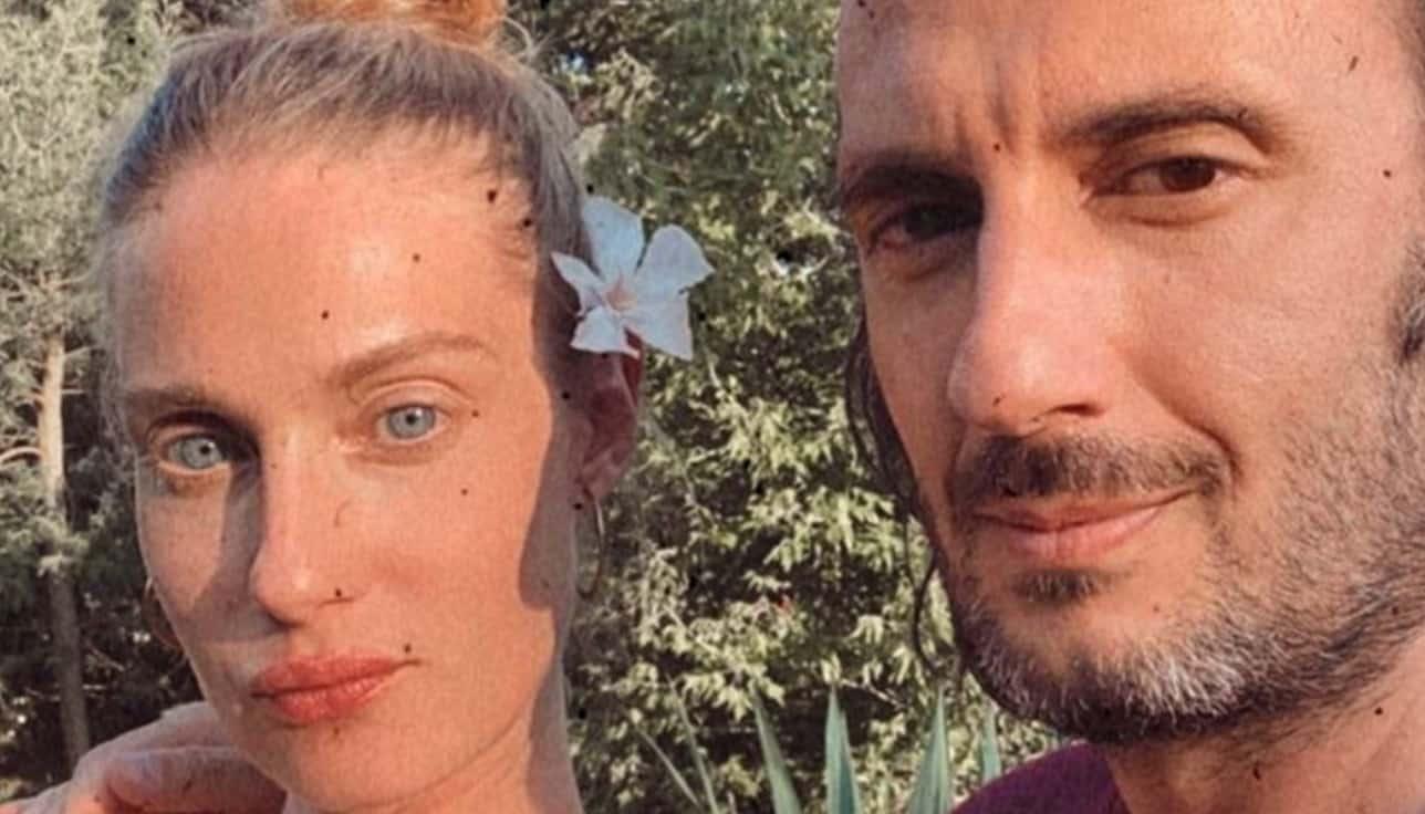 Eva Riccobono e Matteo Ceccarini: è nata la seconda figlia dopo 16 anni d'amore (Foto)