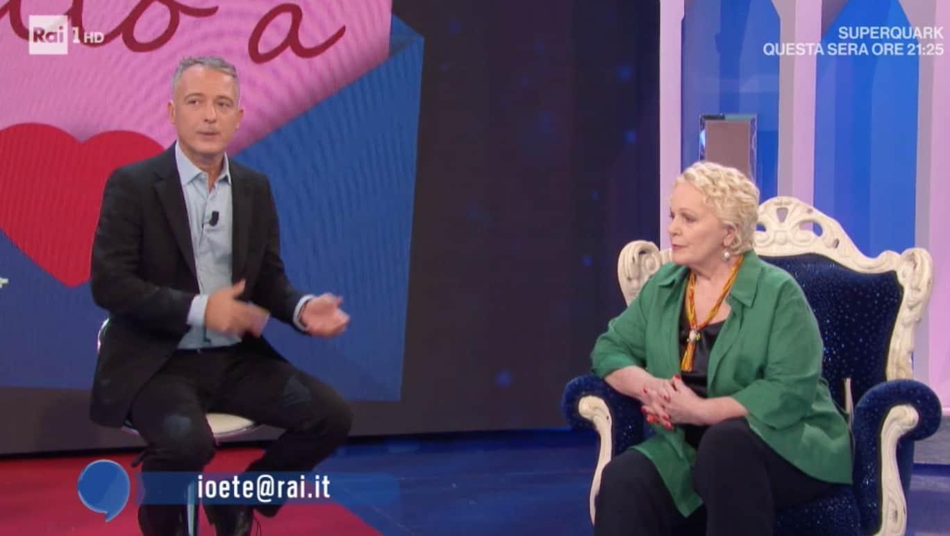 Katia Ricciarelli angosciata chiede scusa a Io e Te dopo avere risposto a una lettera (Foto)