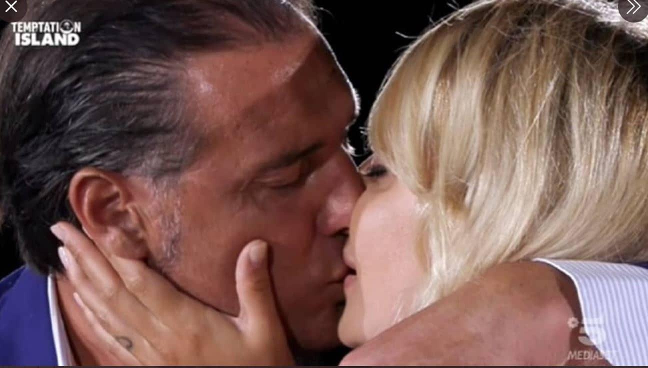Manila Nazzaro e Lorenzo Amoruso regina e re di Temptation Island 2020: sono la coppia più amata