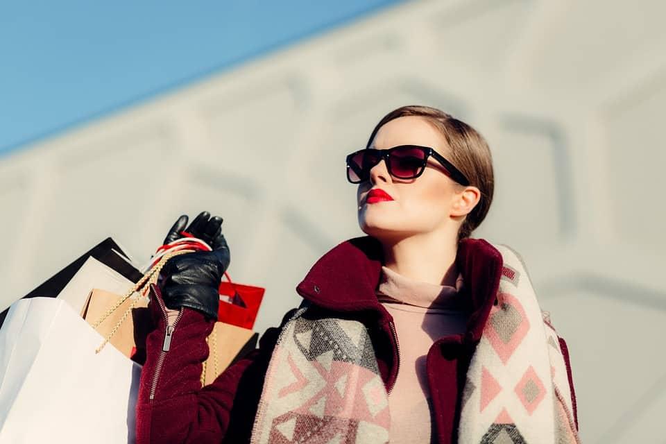 Le borse firmate da comprare con i saldi: 5 modelli must have