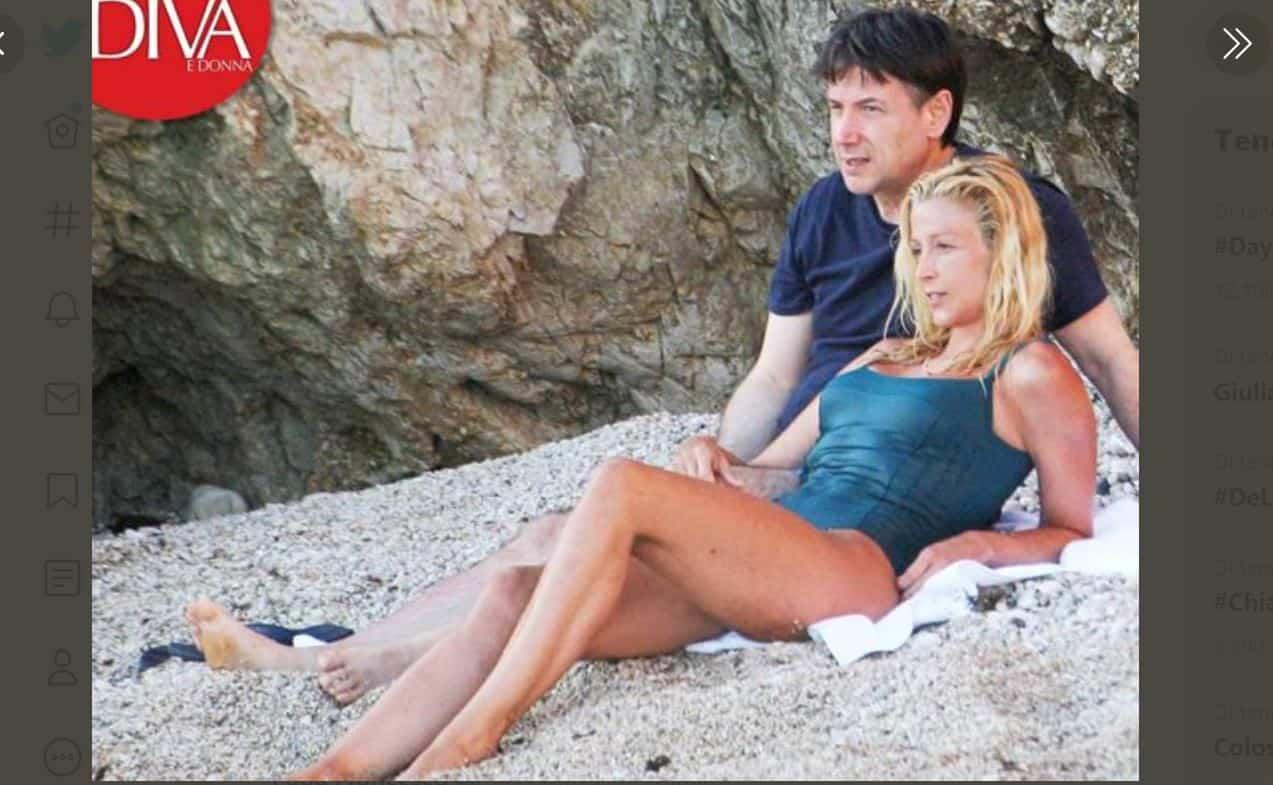 Relax al mare per Giuseppe Conte con la sua Olivia: le foto su Diva e Donna