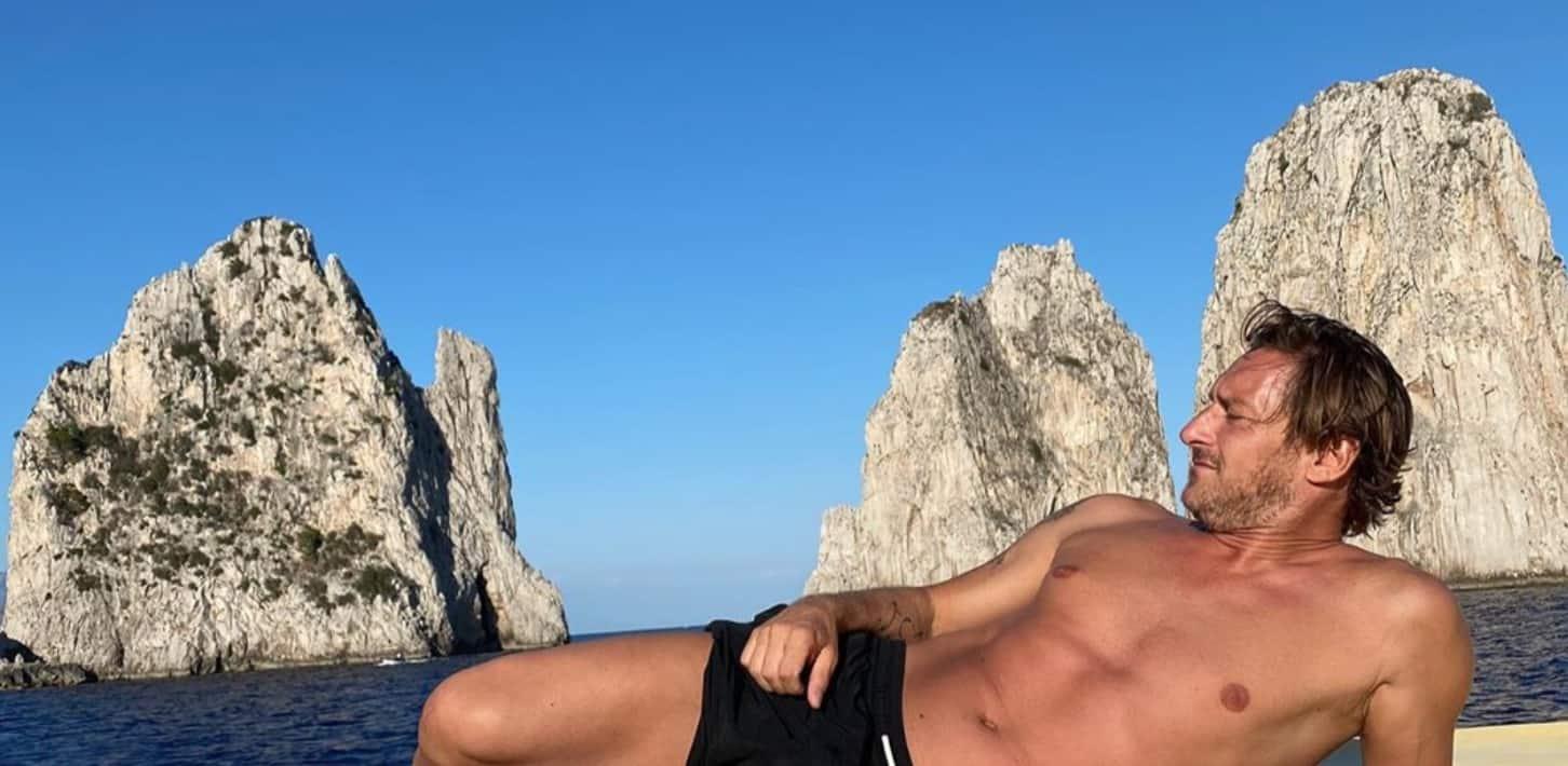 Francesco Totti con la foto dei figli mostra il momento più bello della sua vita (Foto)