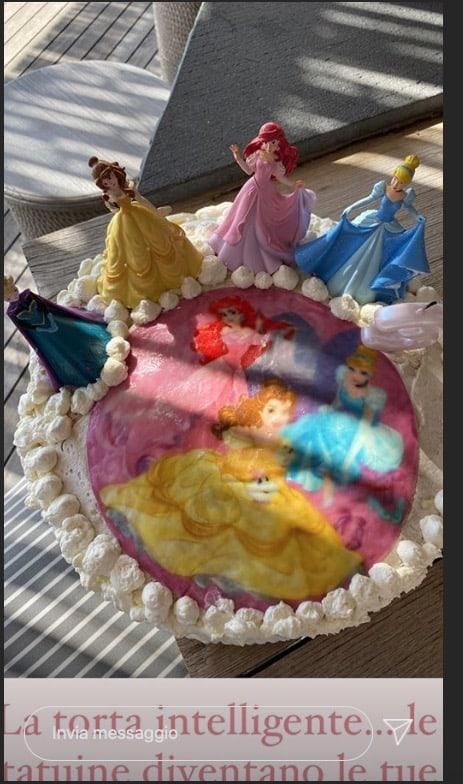 Per il compleanno della figlia Caterina Balivo ha avuto un'idea geniale per la torta fatta in casa (Foto)