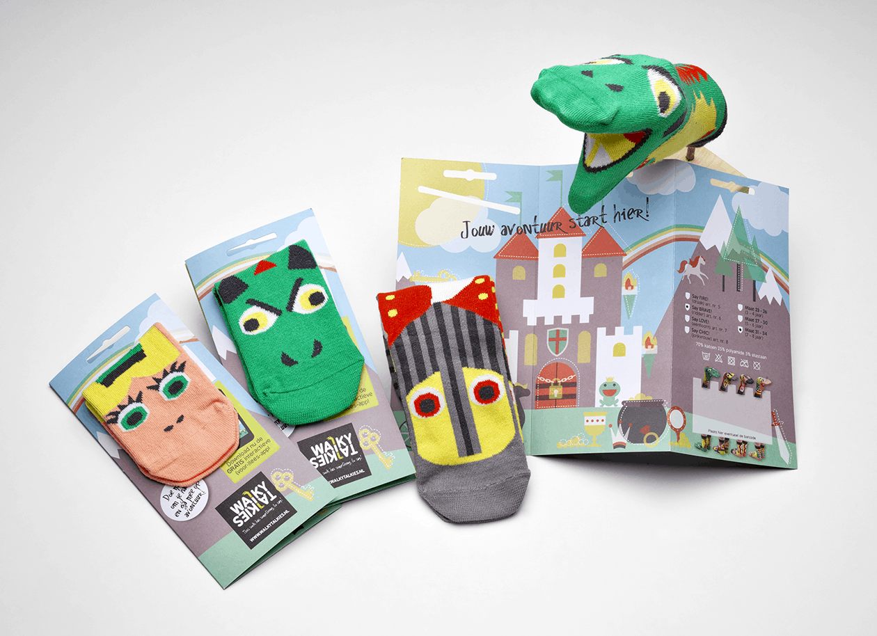 """Calzini """"da leggere"""":  WALKYTALKIES calzini che diventano marionette interattive"""