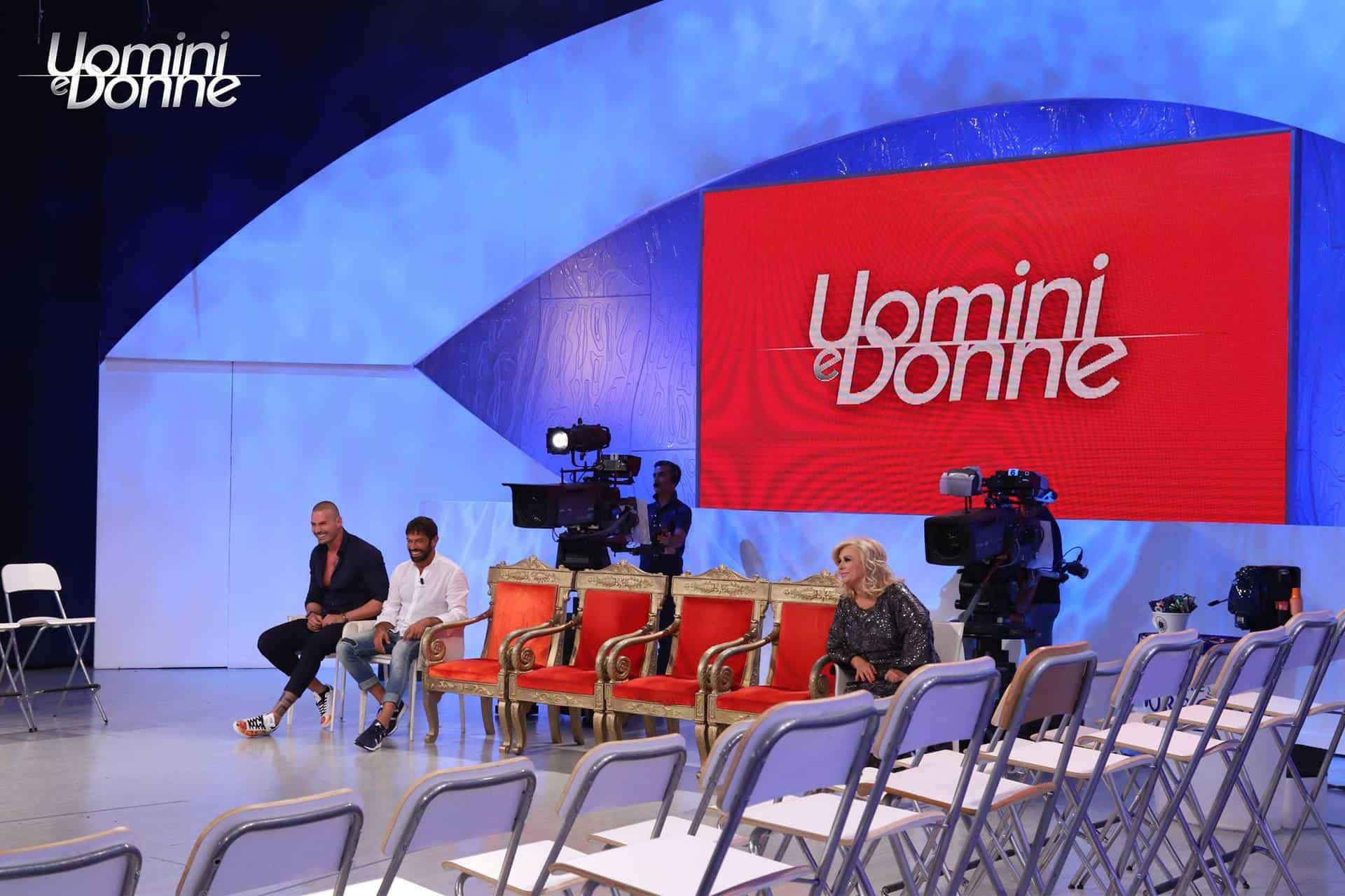 Uomini e Donne al via le registrazioni: chi siederà sul trono?