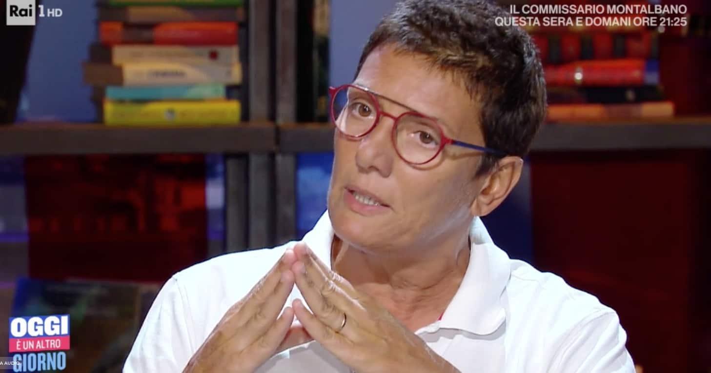 """Imma Battaglia ricorda il primo giorno al liceo: """"Avevo vergogna e ce l'ho ancora oggi"""" (Foto)"""