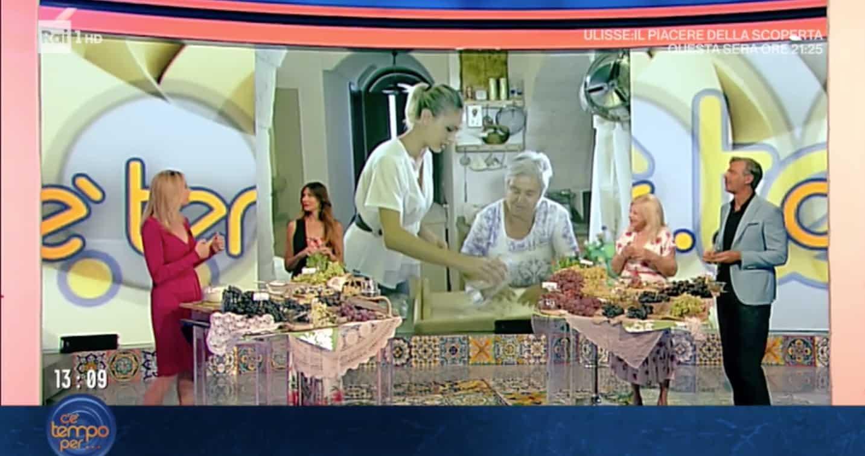 A C'è tempo per ci sono le nonne e le ricette, ma il pubblico attende Antonella Clerici (Foto)