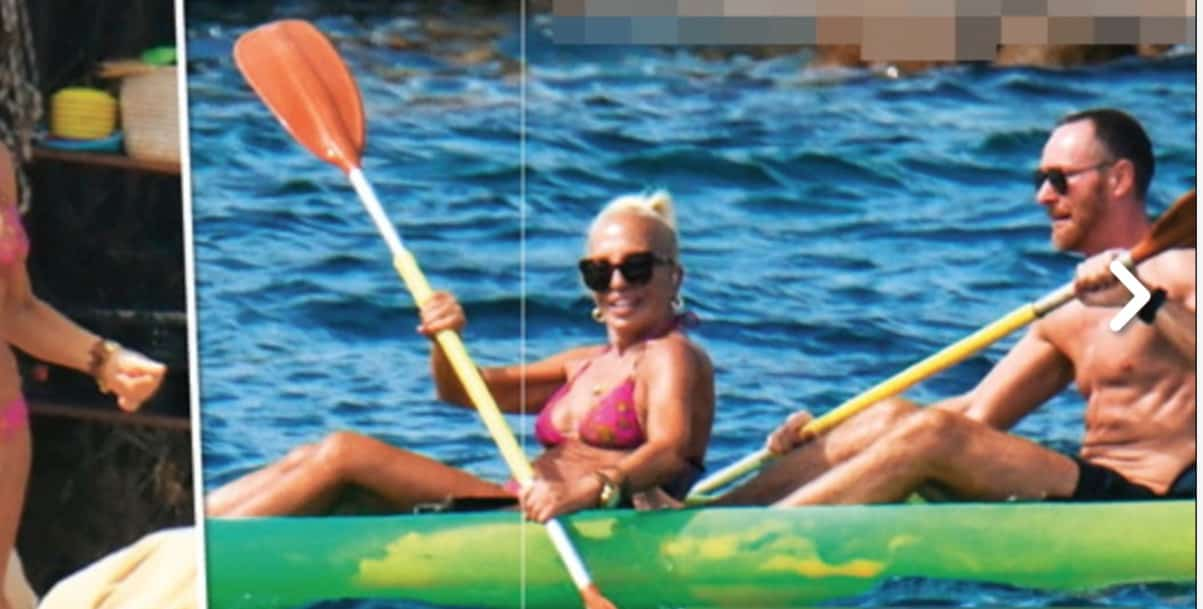 Donatella Versace in bikini, 65 anni ma il suo corpo non li dimostra (Foto)