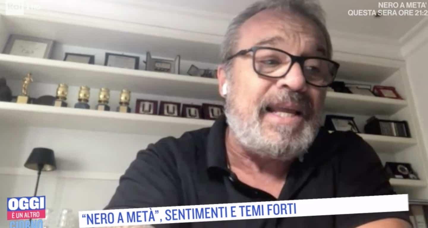 Claudio Amendola la sua dichiarazione d'amore in diretta a Francesca Neri che ascolta da casa (Foto)
