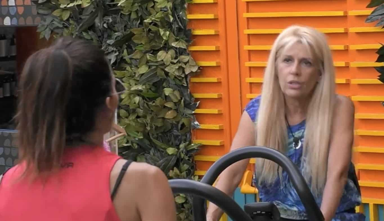 Maria Teresa Ruta amareggiata per la figlia che cerca sempre uomini troppo adulti (Foto)