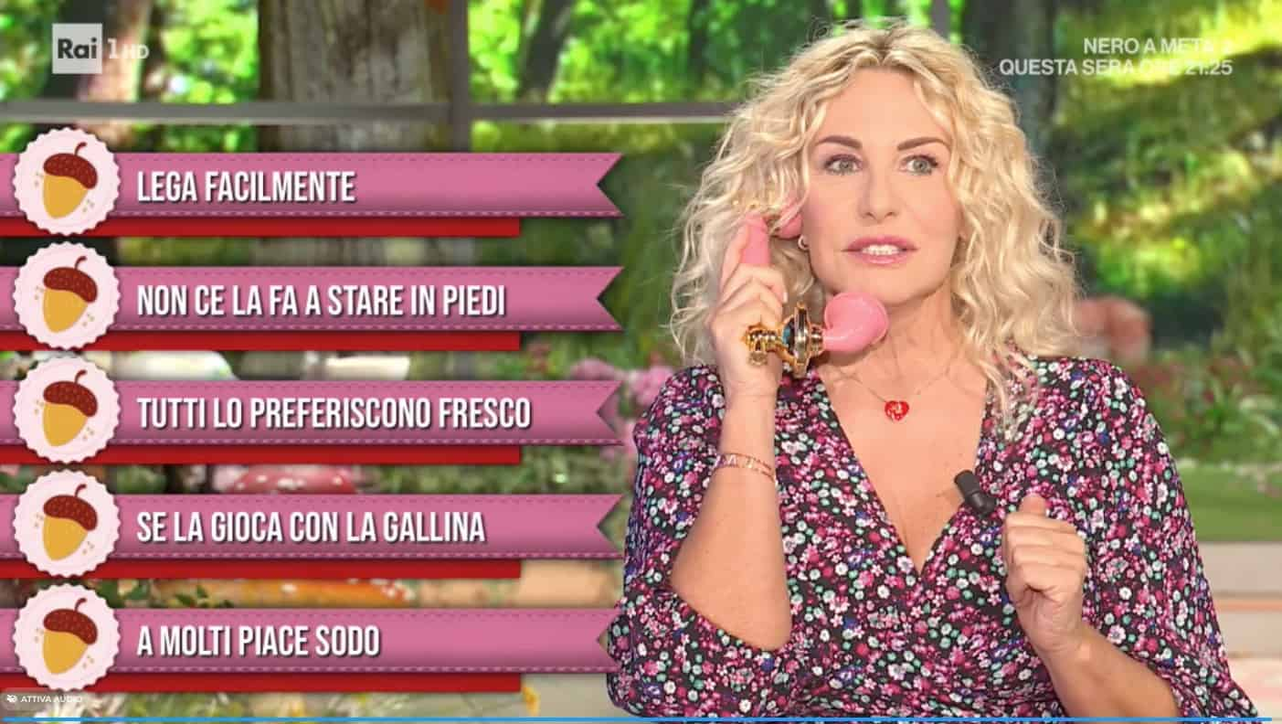Antonella Clerici senza fiato per l'emozione, promossa per la prima di E' sempre mezzogiorno (Foto)