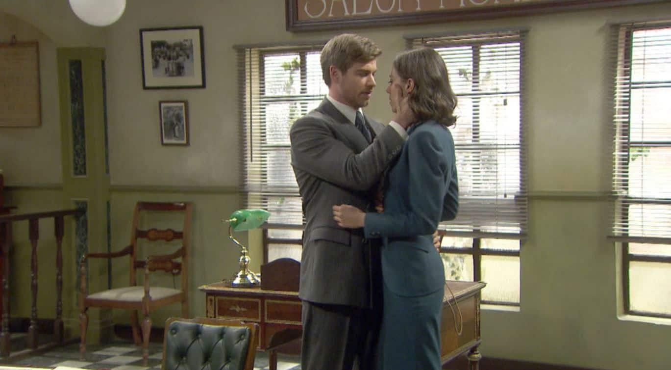 Il segreto anticipazioni: Adolfo seduce Marta, nessun rispetto per Rosa