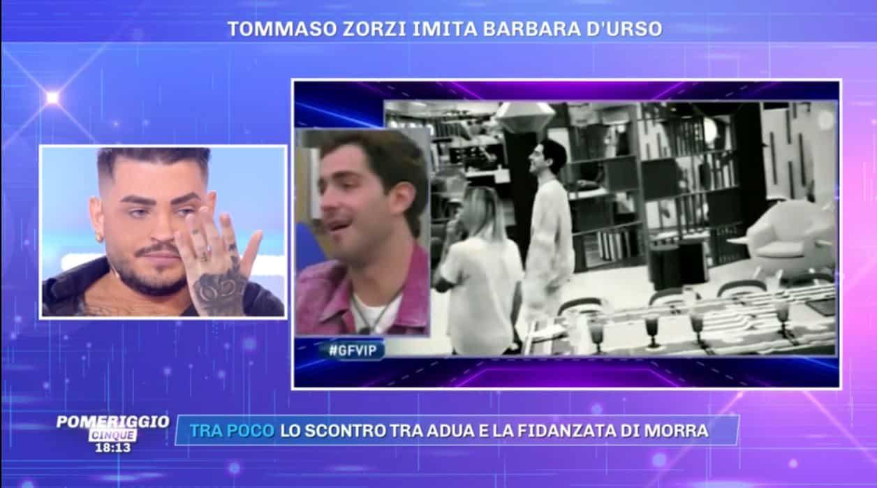 A Pomeriggio 5 tutti contro Tommaso Zorzi: battutaccia imperdonabile su Garko