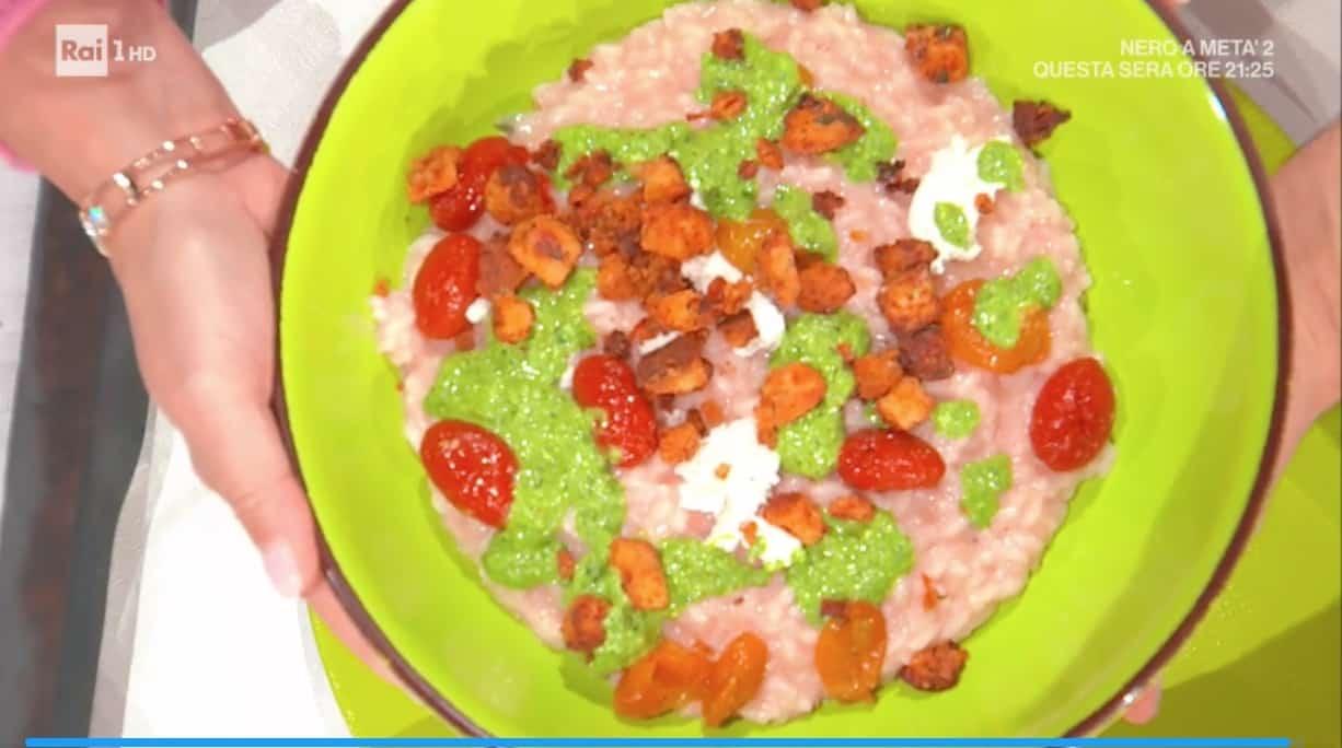 Sergio Barzetti torna con il risotto all'italiana per le ricette di E' sempre mezzogiorno