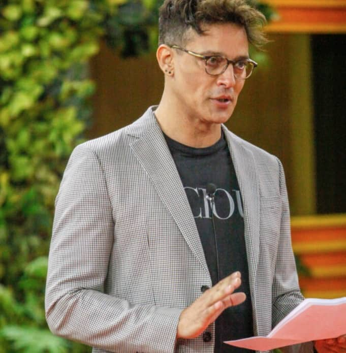 Sulla maglietta di Gabriel Garko c'era già un'ironica confessione? (Foto)