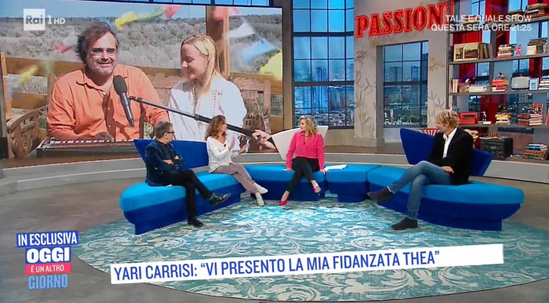 Yari Carrisi presenta Thea la sua nuova fidanzata e insieme a lei canta La Cura