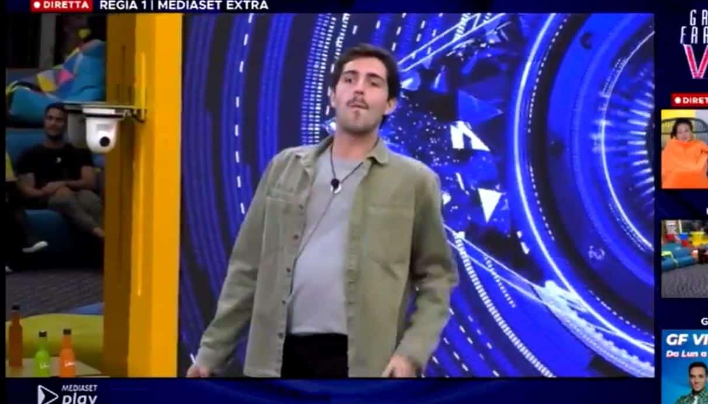 """Tommaso Zorzi attacca Pierluigi Diaco: """"Dovrebbe fare il GF VIP per ripulirsi l'immagine"""""""