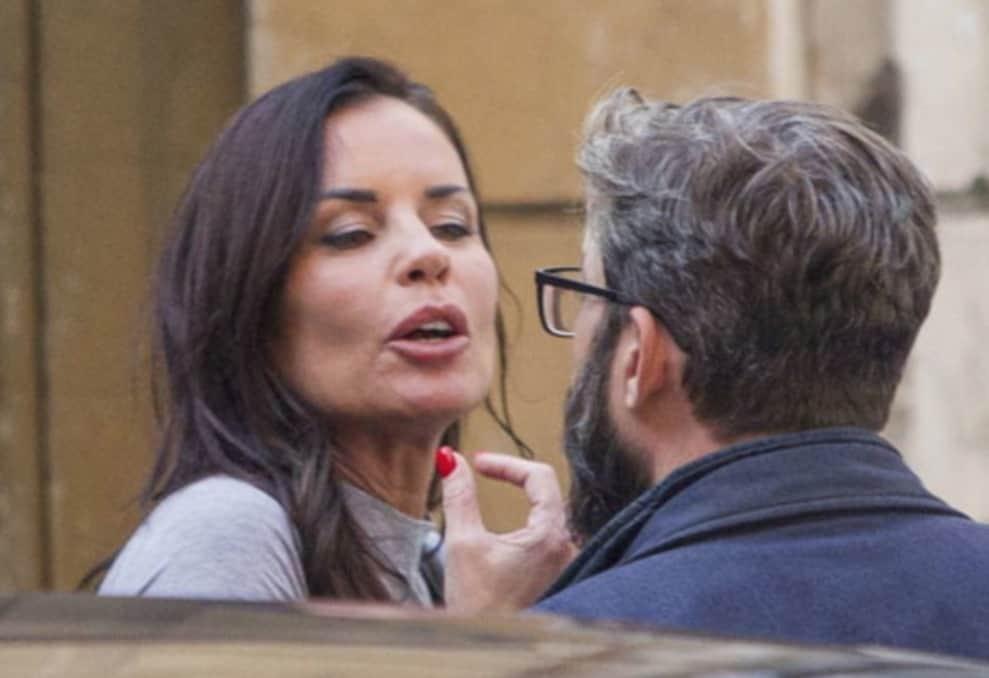 Antonella Mosetti litiga in strada e poi si accorge del paparazzo (Foto)