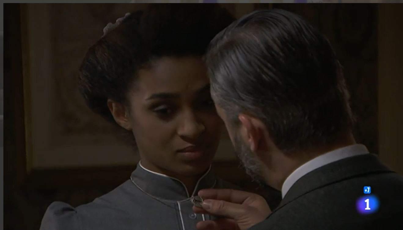 Una vita anticipazioni: Felipe bacia Marcia, Genoveva come reagirà?
