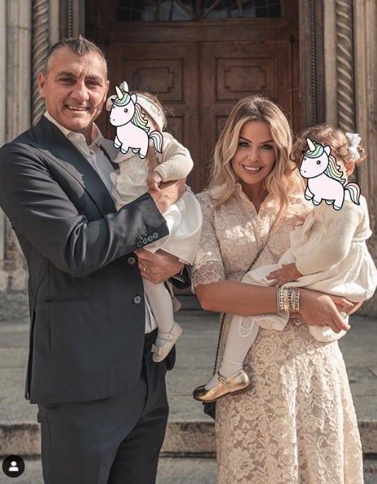 Bobo Vieri e Costanza Caracciolo, per il battesimo di Isabel mostrano solo una foto e poche parole