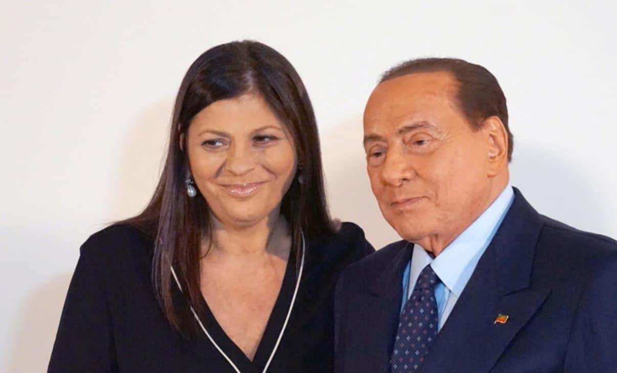 """L'addio di Silvio Berlusconi a Jole Santelli: """"lascia un vuoto incolmabile nelle nostre anime"""""""