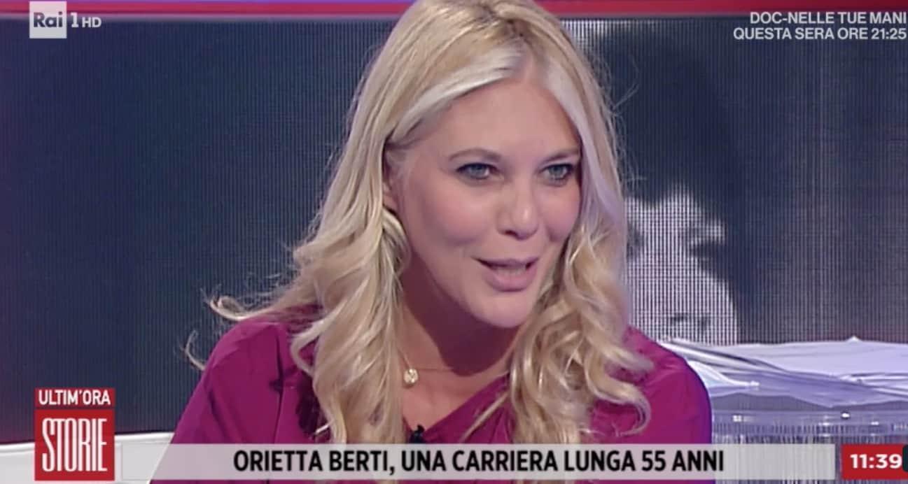 """Eleonora Daniele: """"Ho chiesto alla pediatra quando Carlotta dirà mamma"""" (Foto)"""