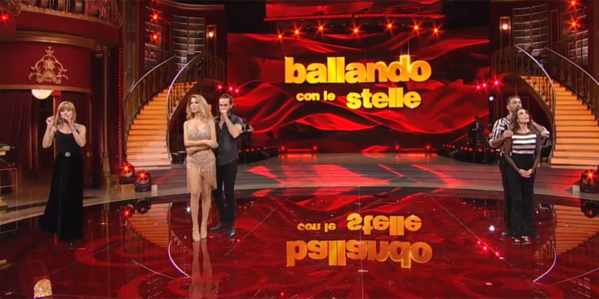Ballando con le Stelle 2020: doppia eliminazione shock, Costantino Della Gherardesca salvo per poco
