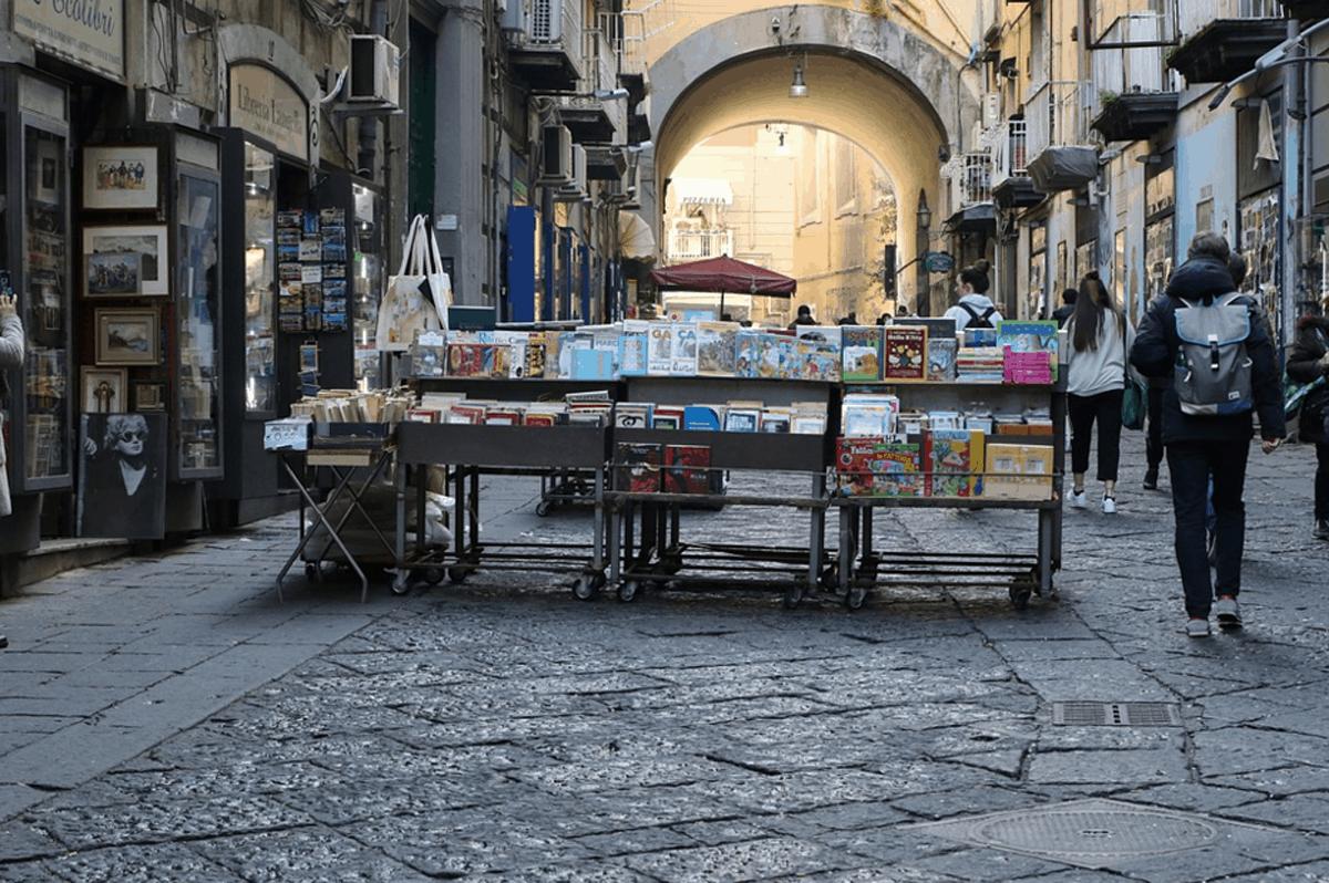 In Campania torna l'autocertificazione per gli spostamenti tra province: cosa contiene