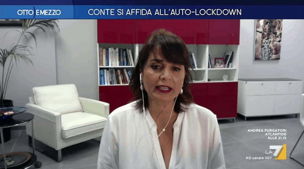 """Antonella Viola ,""""Sì all'auto-lockdown, il vaccino non è la soluzione finale"""""""
