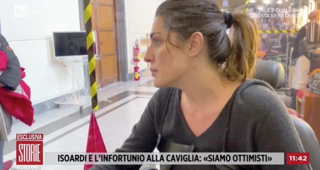 Elisa Isoardi ballerà sabato con Raimondo Todaro nonostante la caviglia? (Foto)