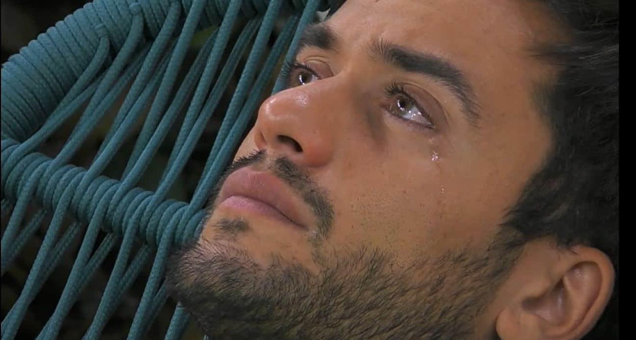 Le lacrime di Pierpaolo Pretelli al GF VIP 5: è allo stremo, non sa cosa fare