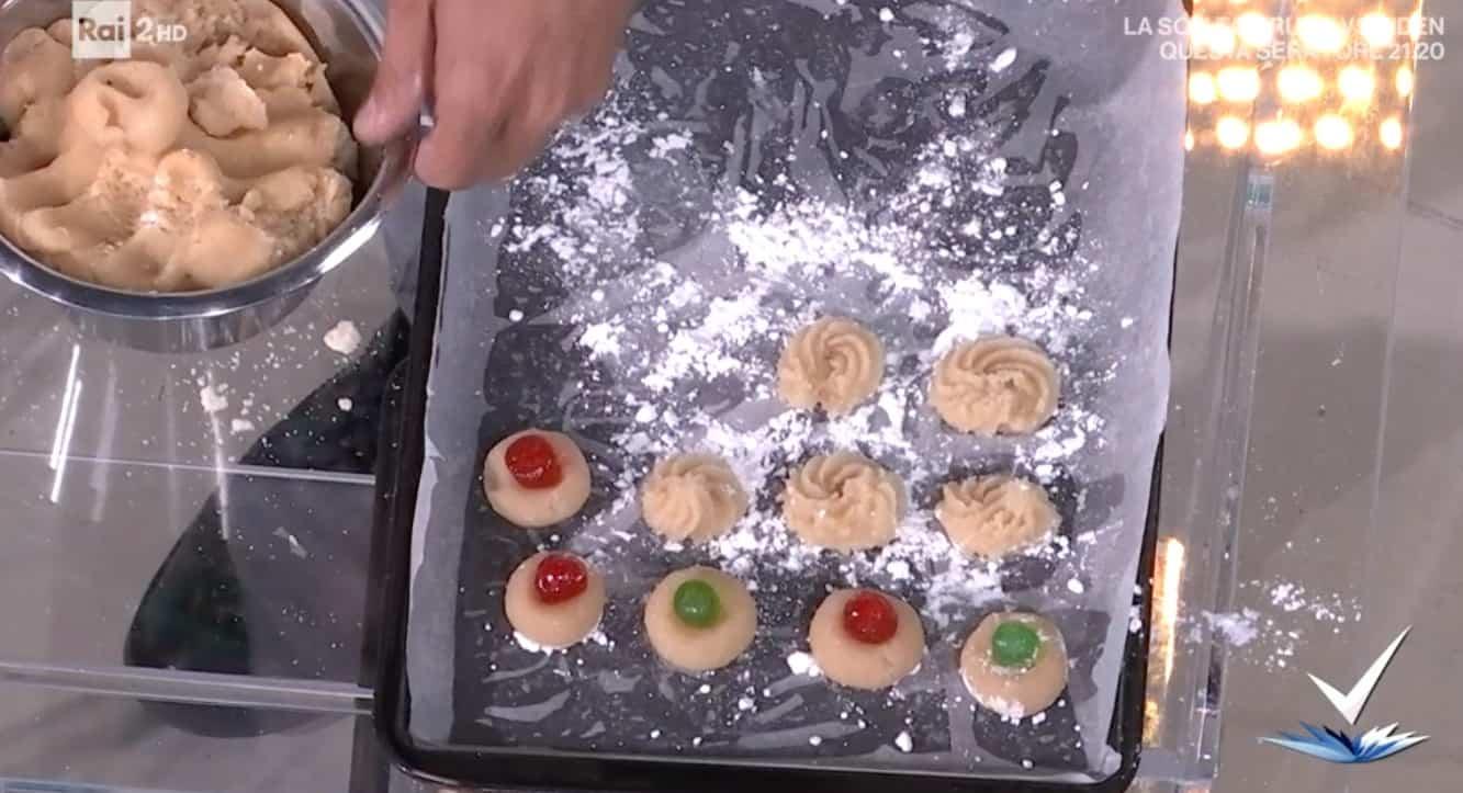 Detto Fatto, pasticcini di pasta di mandorle, la ricetta di Natale Giunta