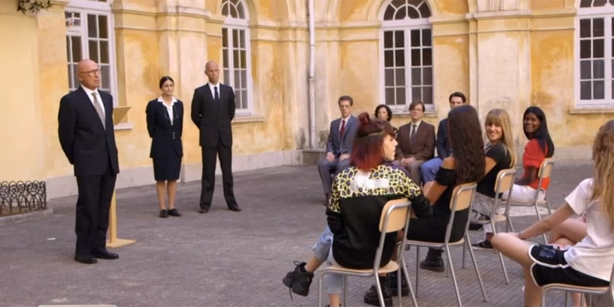 Il Collegio 5: due espulsioni nella prima puntata, il reality conquista fra storie e trash