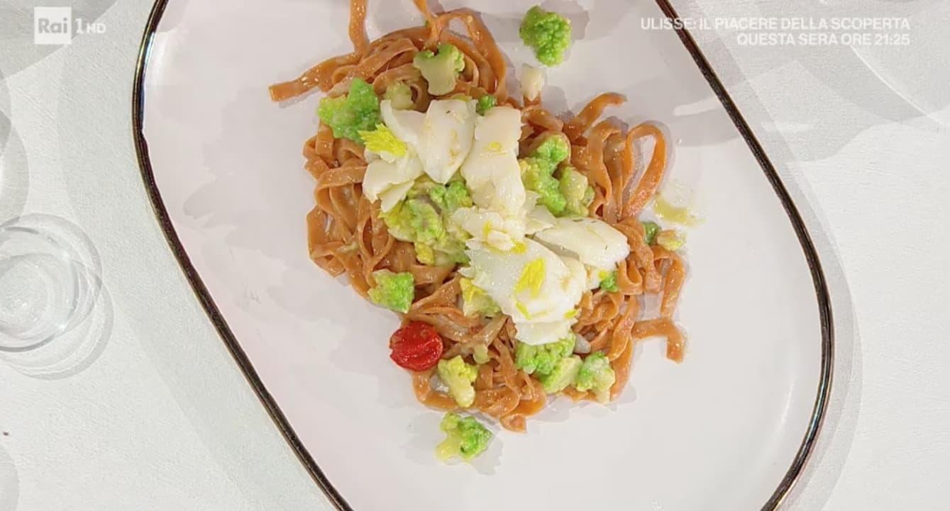 Gian Piero Fava prepara fettuccine rosse con broccoli e baccalà, ricetta E' sempre mezzogiorno