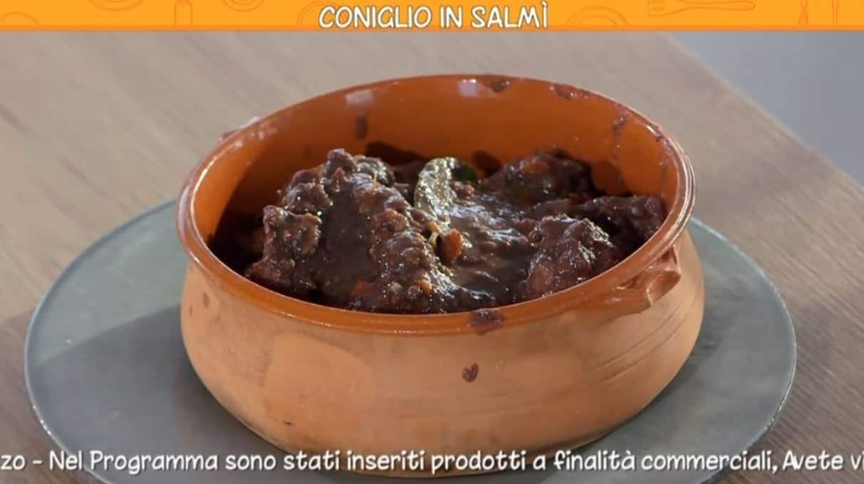 La ricetta del coniglio in salmì di Anna Moroni da Ricette all'Italiana