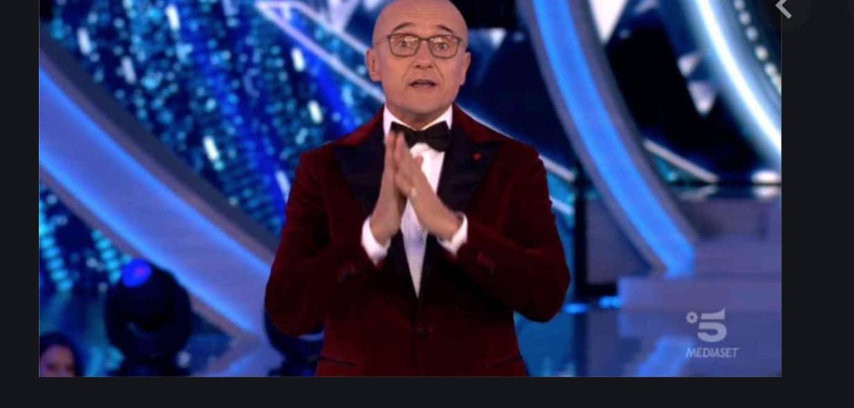 """Alfonso Signorini su Chi svela che è sordo: """"Porto gli apparecchi acustici"""""""