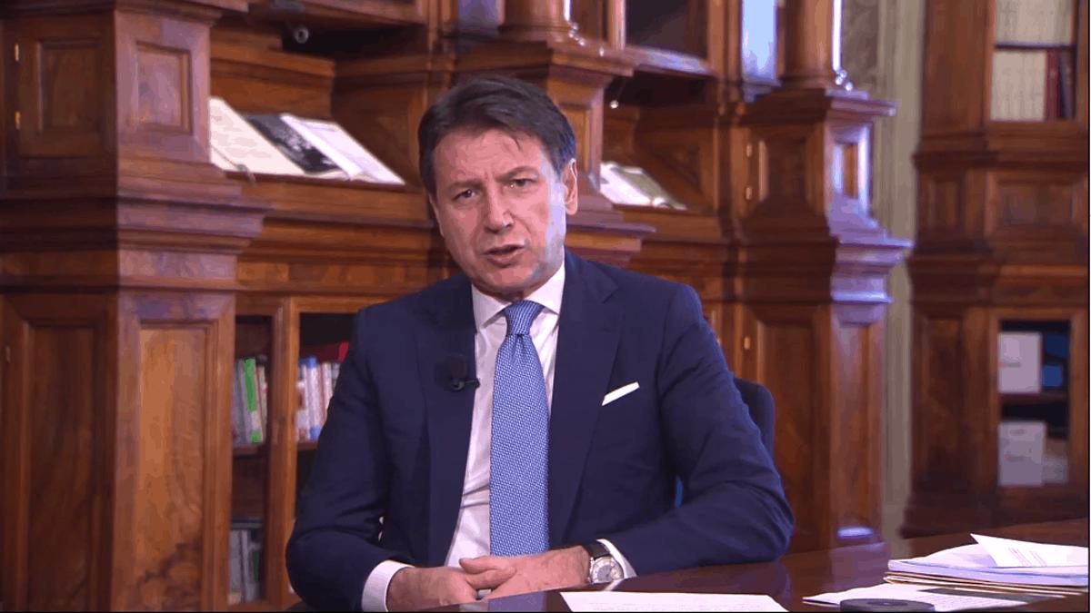 Nuovo Dpcm, scontro Governo-Regioni: tutte le ipotesi possibili, dal coprifuoco nazionale alle chiusure