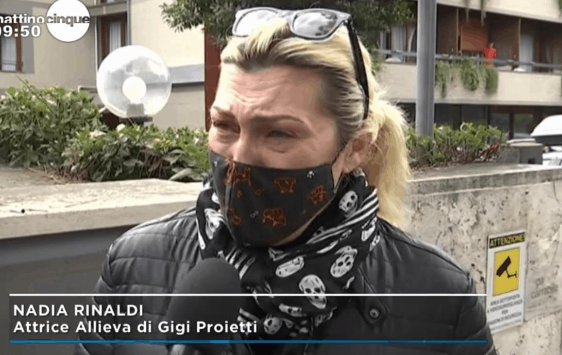 """Addio Gigi Proietti, il ricordo commosso di Nadia Rinaldi a Mattino 5: """"Per me era un papà"""""""