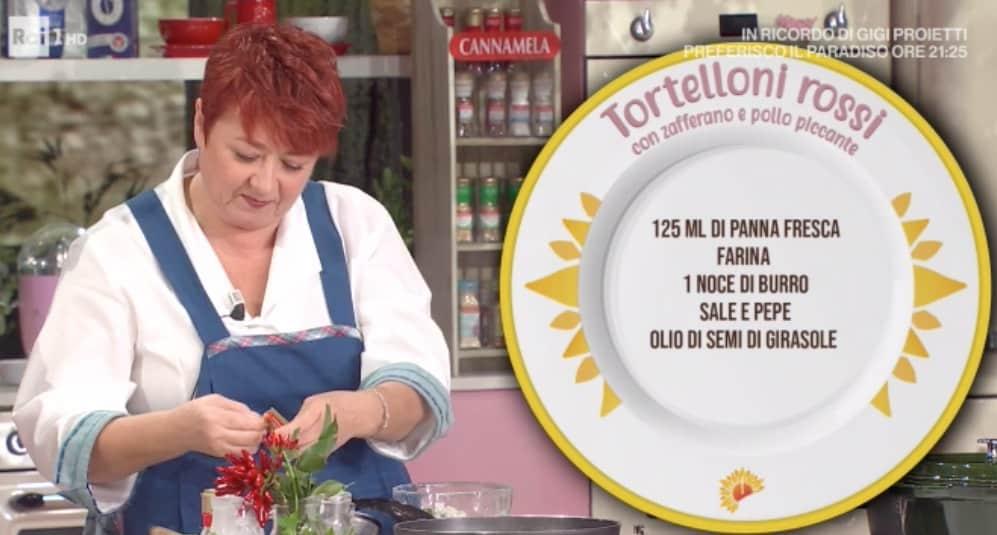 Daniele Persegani e Zia Cri, la ricetta tortelloni rossi con zafferano e pollo piccante