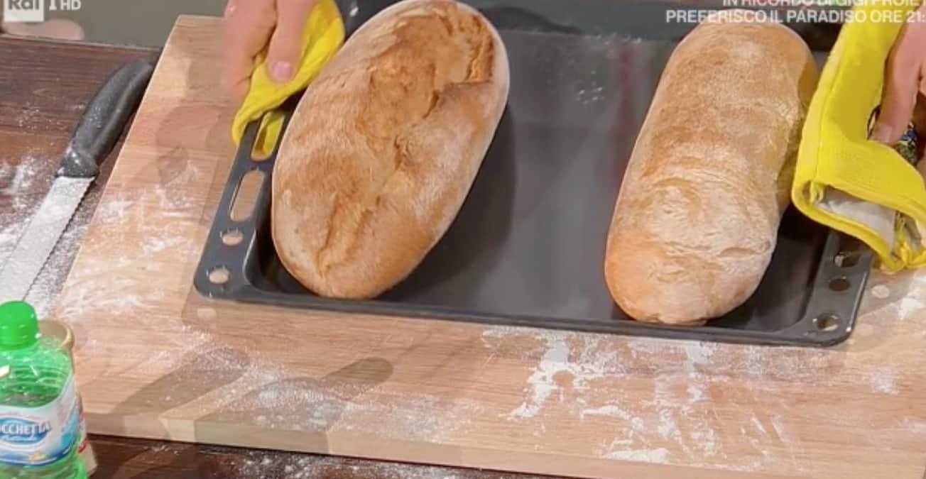 La ricetta del pane sciocco di Fulvio Marino per Carlo Conti